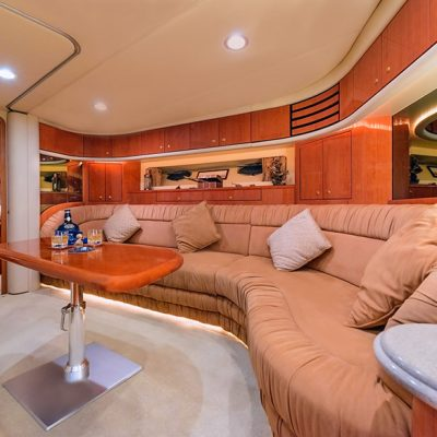 Gallery - Luxury Yacht Saloon